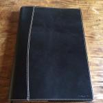 A4サイズの本革手帳カバーをつけると愛着が増すっ!